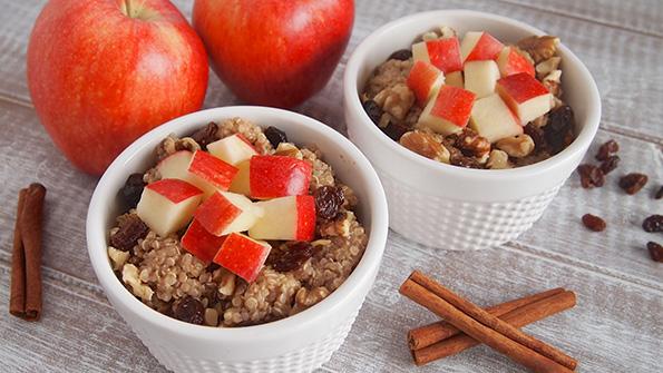 Apple-Quinoa Breakfast Bowl